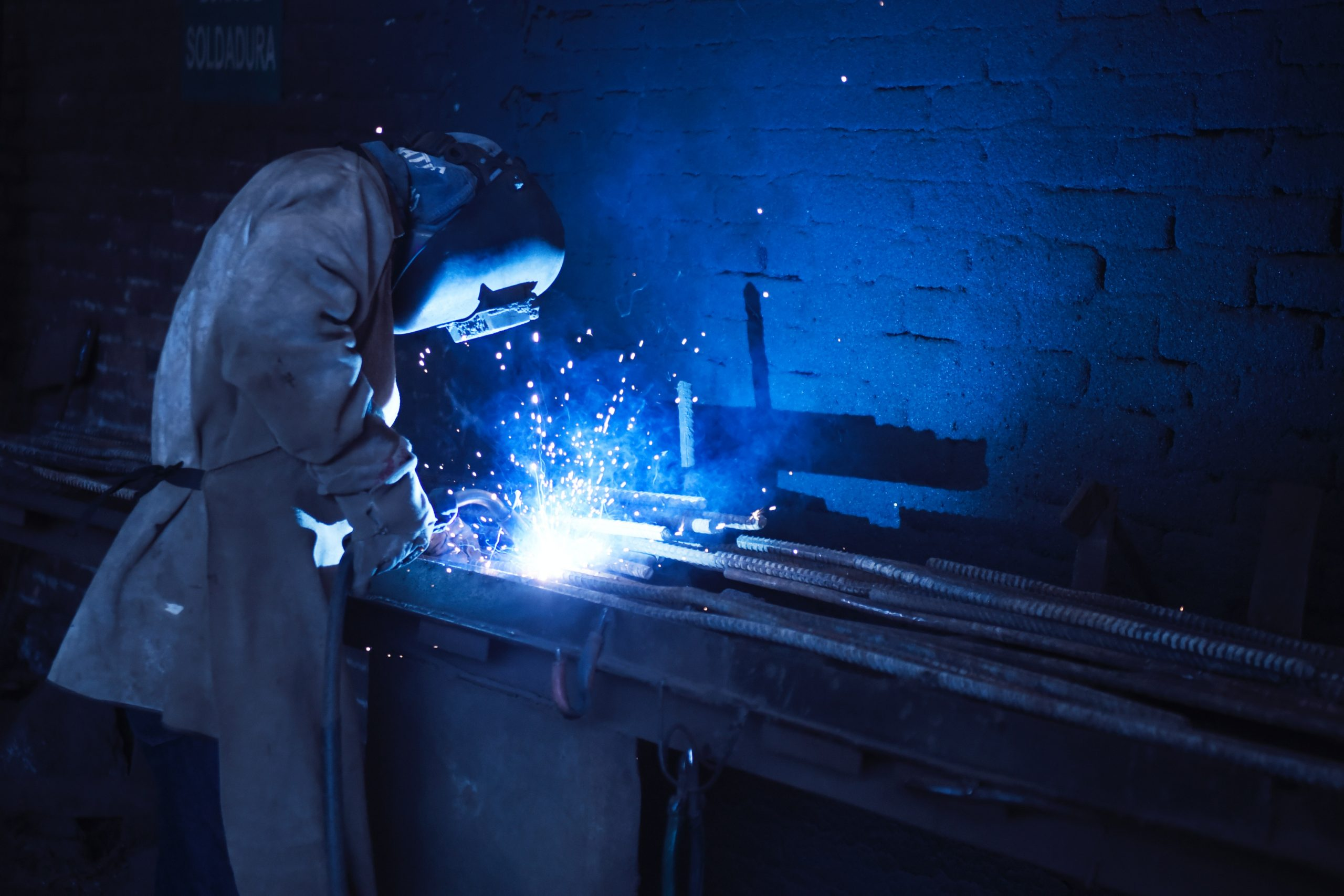 4 Ways to Maximize the Efficiency of Your Metal Fabrication