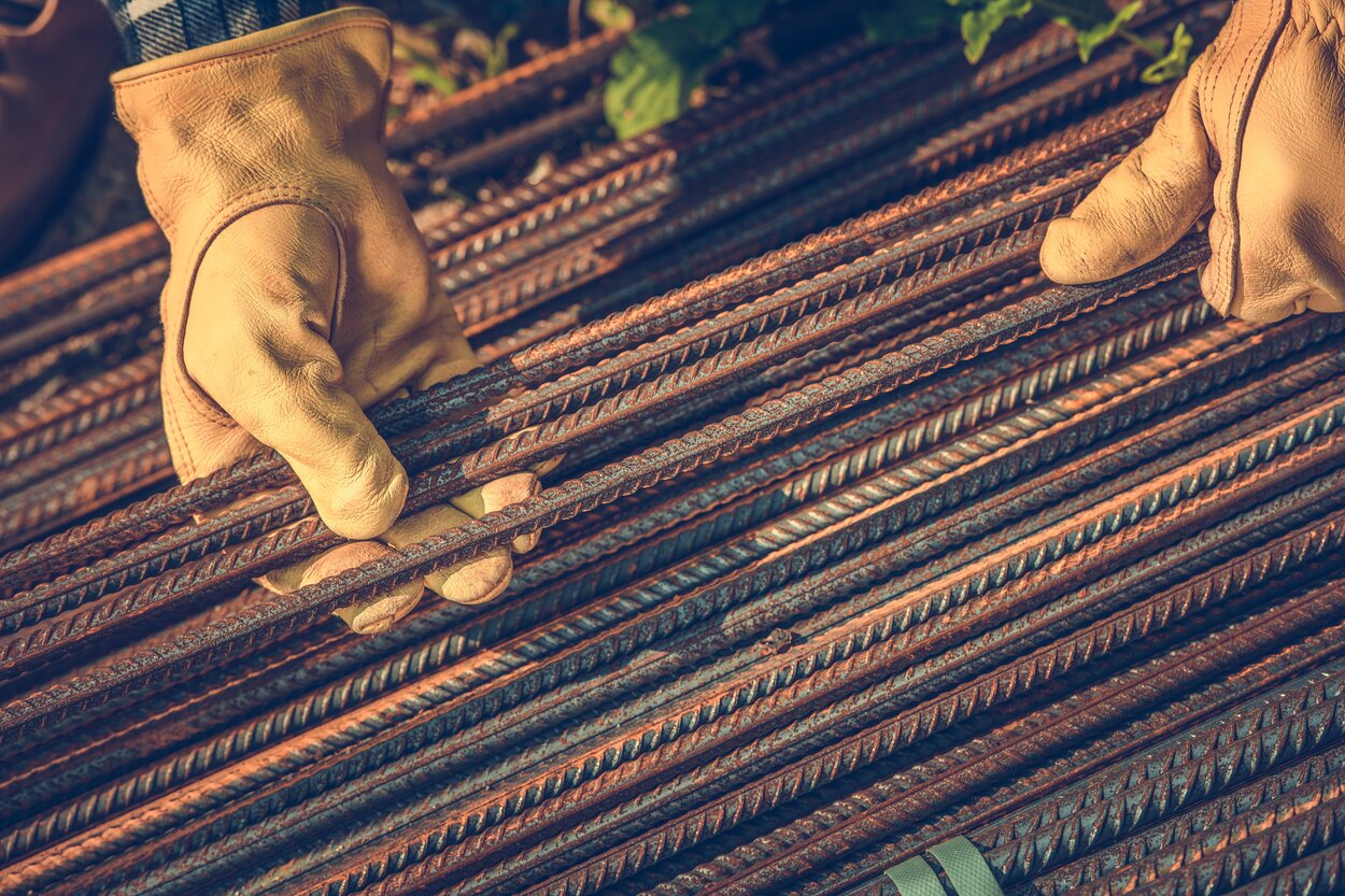Read more about the article 3 Reasons Rebar Is Vital to Any Construction Project