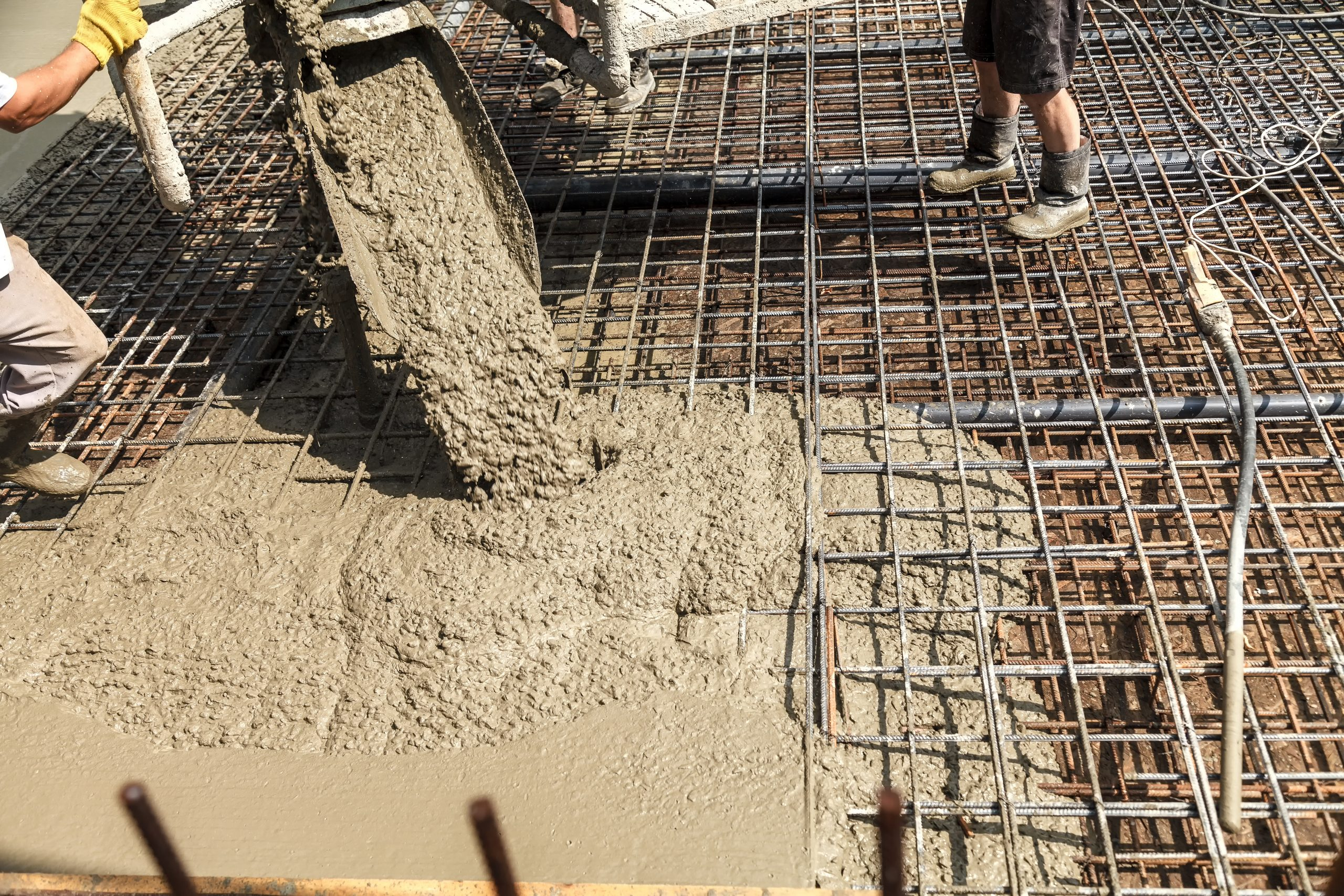Read more about the article Why Concrete Is So Much Stronger With a Bit of a Rebar
